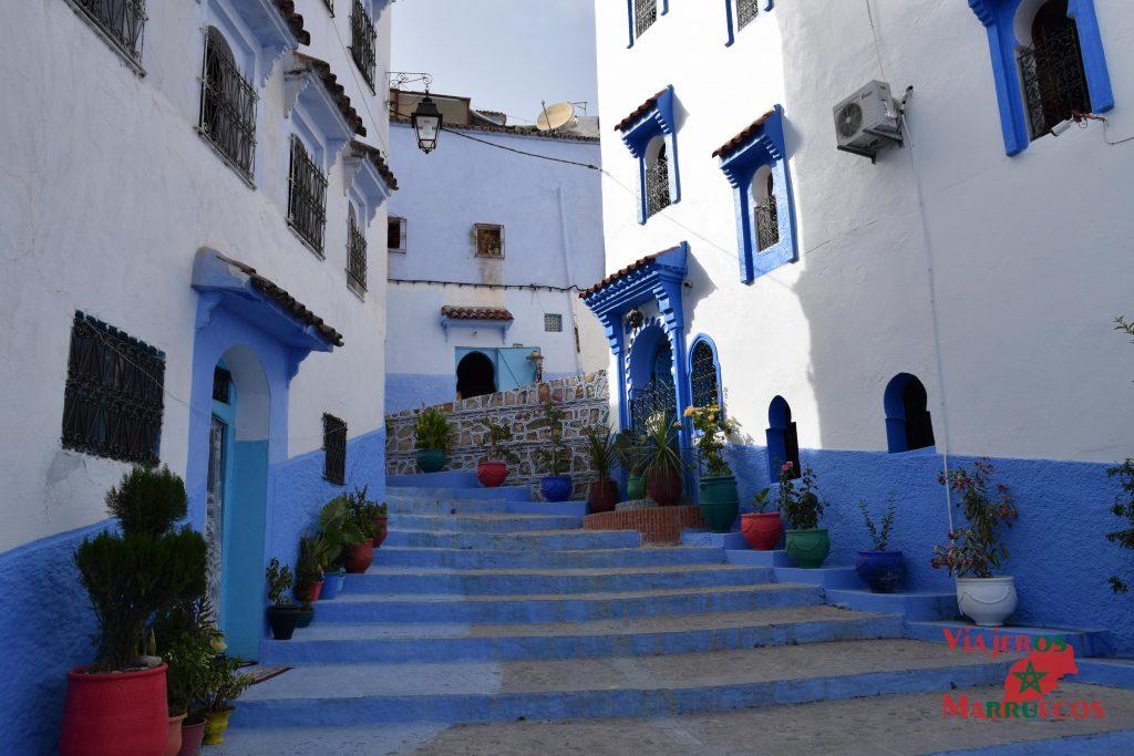 chefchaouen morocco calles