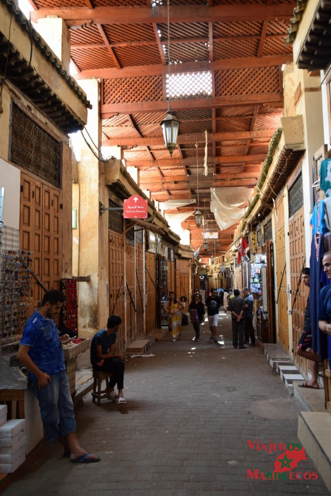 Zoco en la medina de Fez