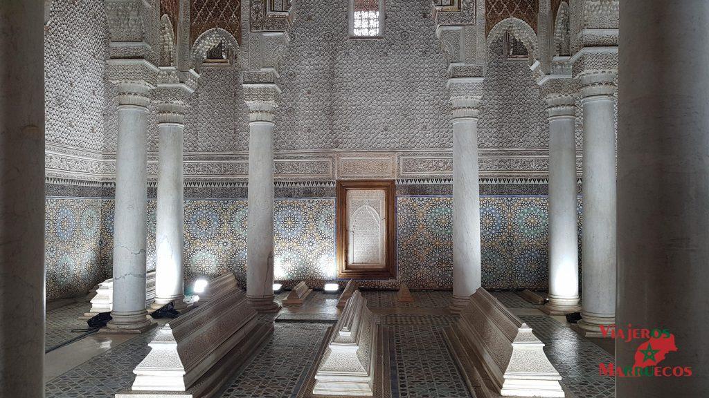 Habitación de las 12 columnas en las tumbas saadíes
