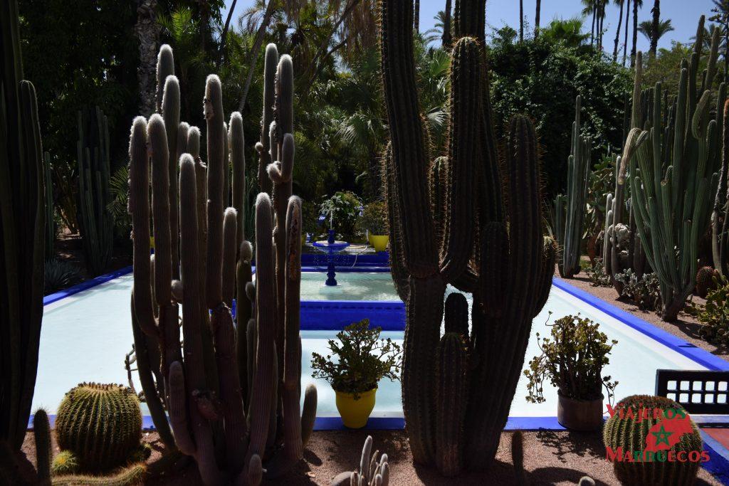 Fuente central del Jardin Majorelle