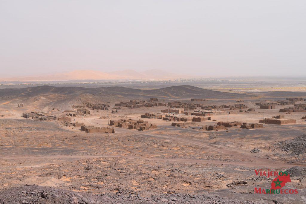 Población abandonada de casas de adobe, Taouz